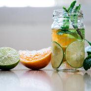 TERVIS TERVEMAKS | See maitsev jook puhastab keha ja aitab suvele parema enesetundega vastu minna!