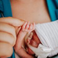 888-grammisena sündinud beebi ema: muidugi oli meil raskeid hetki, aga olime lootusrikkad