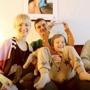 VIDEO | Viie pere pisarateni liigutavad lood: surrogaatemadusest kärgpere, üksikemaduse, samast soost lapsevanemate ja traditsioonilise abieluni