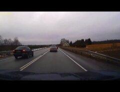 062a7988f83 LUGEJA VIDEO: Tüüpiline möödasõit keelumärgi alas Tallinn-Tartu maanteel