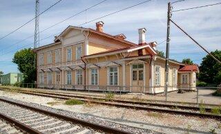 Arvamus | Vanade jaamahoonete päästmiseks võiks neist luua hostelite võrgustiku