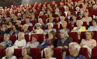 Пенсионеры ушли в слезах с организованного таллиннскими властями мероприятия: их выгнали из зала