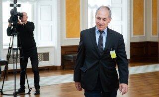 Kaja Kallas lubas võimalusel Louis Freeh lepingu lõpetada