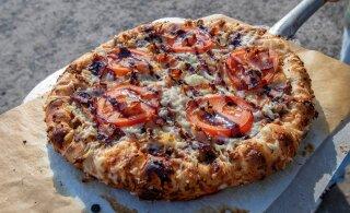 Ajaloo kõige rumalam pitsaost? Ameeriklane ostis 10 000 bitcoini eest kaks pitsat