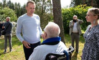 FOTOD JA VIDEO | Edgar Savisaar tähistas taas sünnipäeva: tuleb välja, et minu 70-nes sünnipäev ei olegi veel läbi