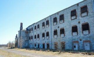 Британские солдаты помогут привести в порядок будущую выставочную площадь Батарейной тюрьмы