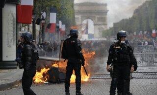 ВИДЕО: Эммануэля Макрона освистали на параде в честь Дня взятия Бастилии