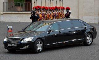 TAGATOA GARAAŽIS | Kas Putini visiidi jaoks toodi limusiin juba Eestisse?