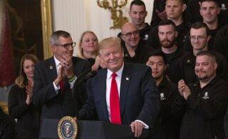 """Kuidas """"süvariik"""" Trumpi päästis"""