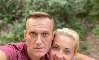 Навальный: пилоты и медики аэропорта подарили мне 20 часов жизни