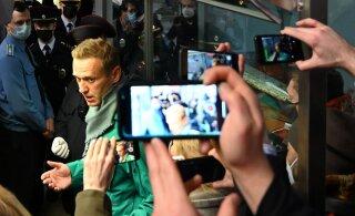 Эстония требует немедленного освобождения Навального