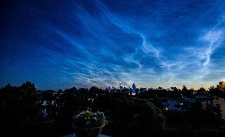 FOTOD | Maagiline vaatepilt! Keskööl kattus taevas helkivate pilvedega