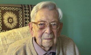 Старейший мужчина мира отмечает день рождения в Британии. Он пережил пандемию испанки