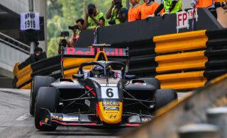 VIDEO | Macau GP kahekordne võitja kihutas vabatreeningul juba katkestanud konkurendile sisse, Vipsilt parim ringiaeg