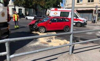 ГЛАВНОЕ ЗА ДЕНЬ: Авария с участием машины скорой помощи и выпавший из окна ребенок