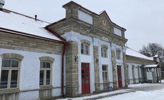 Железнодорожный вокзал в Нарве реконструировали еще в 2018-м, но до официального открытия пока далеко
