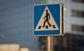 В Таллинне на пешеходном переходе сбили мужчину