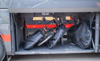 ФОТО: Lux Express представила новые автобусы. В них можно перевозить и велосипеды!