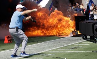 ВИДЕО: В США прямо во время матча вспыхнул пожар