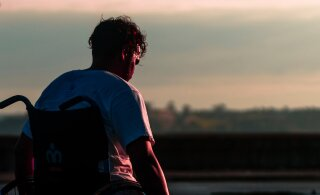 Liikumispuudega noormehe seiklused: pean end õnnelikuks inimeseks. Isegi ilma intiimsuse ja seksita