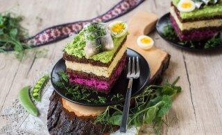 РЕЦЕПТ | Разноцветный бутербродный торт к Дню рождения Эстонии