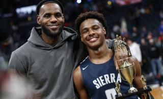 LeBron James sõlmis Lakersiga lepingu, mis hoiab teda NBA-s vähemalt oma poja draftiealiseks saamiseni