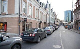 Tallinn muudab uusarenduste parkimiskohtade nõuet