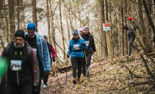 DELFI FOTOD | Tartu maratoni juubelimatk: tuhatkond inimest, tugev tuul ja pori