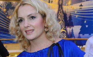 Мария Порошина вышла в свет в сопровождении незнакомца