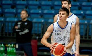 TÄNA OTSEBLOGI SKOPJEST | Eesti korvpallikoondis alustab Toijala-ajastut ülitähtsa mänguga Põhja-Makedoonia vastu