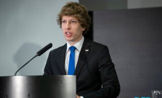 Министр социальных дел призывает ценить социальных работников