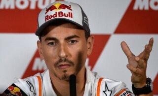 MotoGP kolmekordne maailmameister lõpetas karjääri