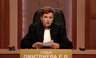 """Судью из телешоу """"Час суда"""" приговорили к двум годам"""