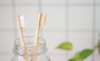 Üllatav, aga just need toiduained võivad su hambad korralikult ära rikkuda
