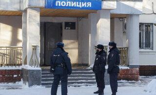 Навальному изберут меру пресечения прямо в отделе полиции