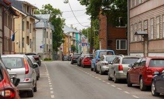 Жители Пыхья-Таллинна активно участвуют в опросе на тему расширения зоны платной парковки