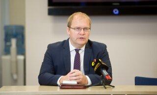 Паэт: решение Финляндии закрыть границы противоречит принципу ЕС