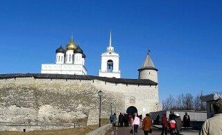 Псковские власти предлагают ввести трехдневное безвизовое пребывание иностранных туристов
