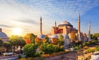 Турецкий суд разрешил превратить легендарный собор Святой Софии в мечеть