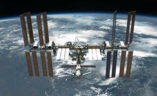 На МКС нашли место утечки воздуха с помощью пакетика чая