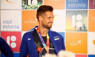 ФОТО: Серебряный призер чемпионата мира Магнус Кирт вернулся домой