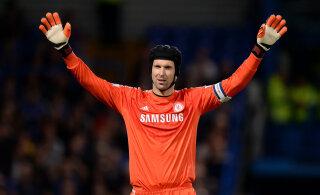 Mullu karjääri lõpetanud vanameister Petr Cech on tagasi Chelsea koosseisus