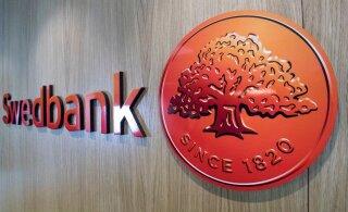 ФОТО | Новые цвета! Swedbank обновляет дизайн банковских карточек