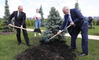 Лукашенко договорился с Путиным: Россия при первом запросе окажет помощь по обеспечению безопасности Беларуси