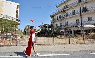 Заброшен с 1974 года: в разгар пандемии на Кипре открылся курорт-призрак