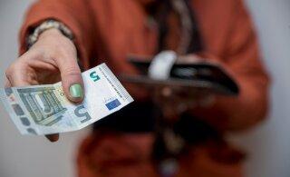 """76 376 человек не подали налоговую декларацию и рискуют """"подарить"""" государству 18,7 млн евро"""
