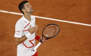 Djokovic korraldas jõudemonstratsiooni, Venemaa tenniseäss tegi vägeva tagasituleku