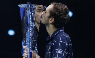 Россиянин Медведев выиграл Итоговый турнир ATP