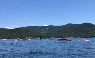 Над озером в США столкнулись два самолета: погибли до восьми человек