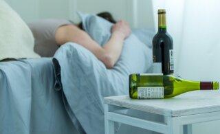 Латвия обогнала Россию по потреблению алкоголя на душу населения. А как пьют в Эстонии?